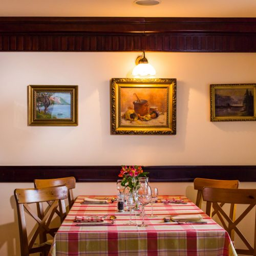 Restaurant Nobillis, Restaurant Piatra Craiului, Restaurant Carpati, Restaurant Pestera (21)